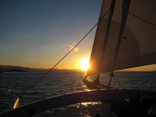 Camira sailing Whitsundays