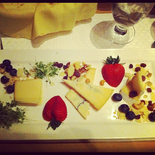 quebec cheese platter in drummondville