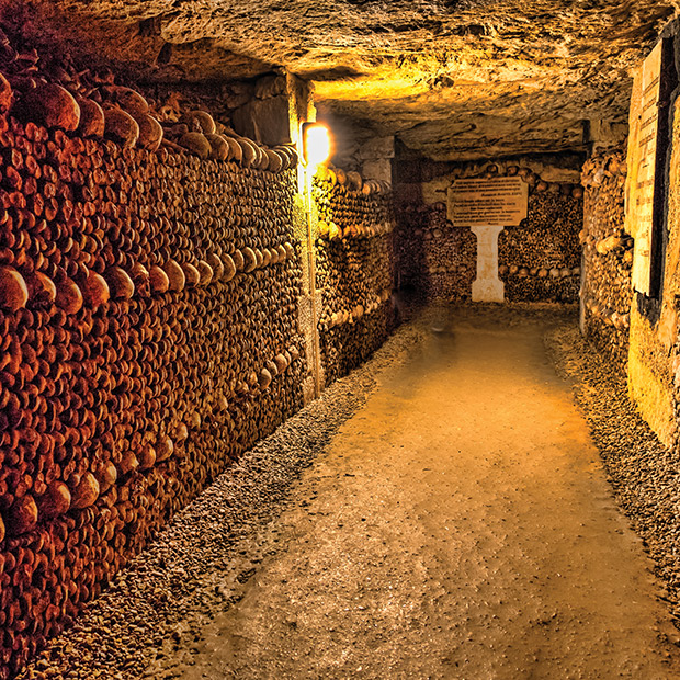 catacombs-of-paris-france-dark-destinations