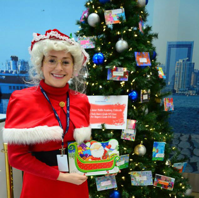ms claus at toronto pearson airport