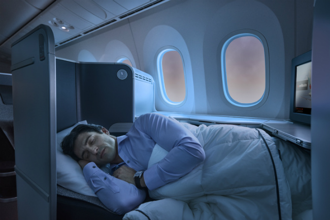 Air Canada 787_LayFlat_man sleeping
