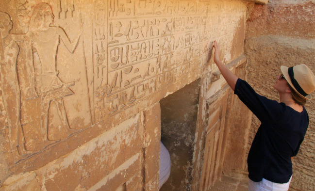 hieroglyphics in egypt