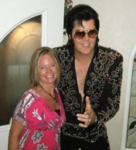 Sue and Elvis in Vegas