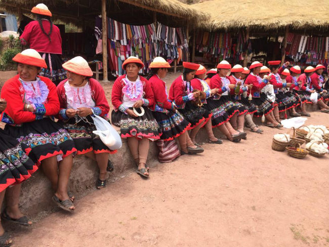 gadv womens weaving coop Peru