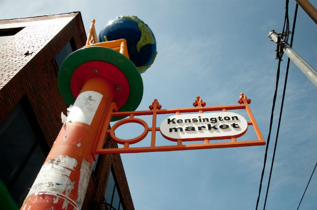 Kensington_Market_Sign