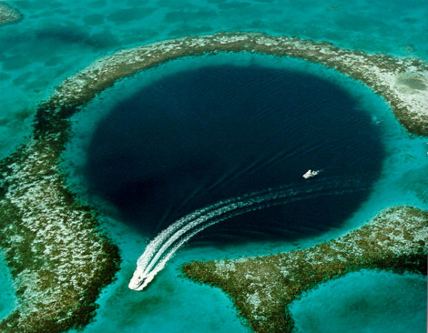 Great_Blue_Hole_Belize