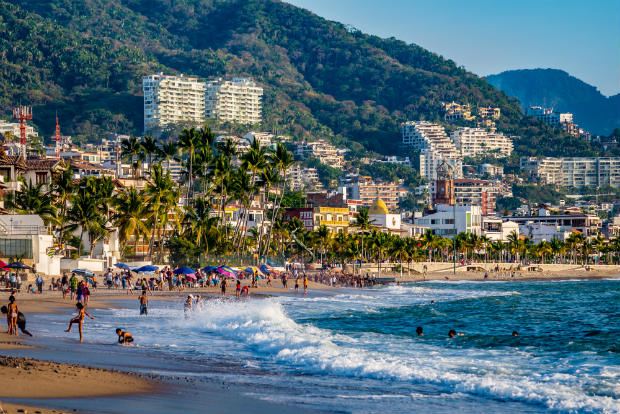 beaches in puerto vallarta mexico