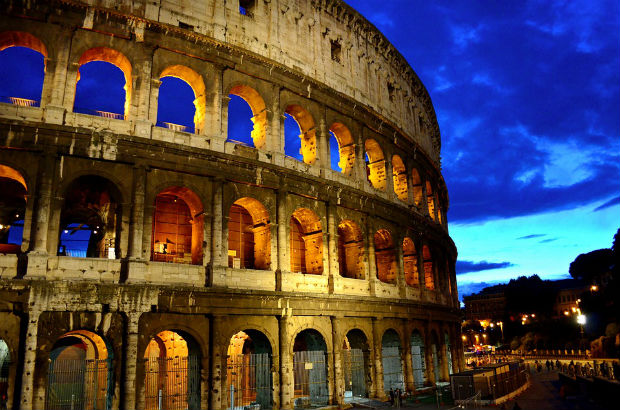 wonder of the world colosseum