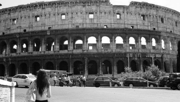 Black and white photo of colosseum in Rome