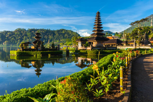 hindu temple by the water in bali indonesia