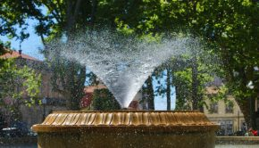 porto-summer-fountain