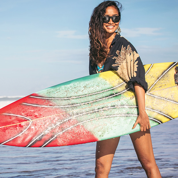girl-with-surfboard-longboard-colourful