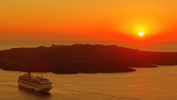 santorini-greece-cruise