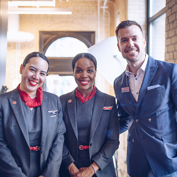smiling-air-canada-employees-greet-flight-centre-customers-at-melbourne-pop-up-cafe-event