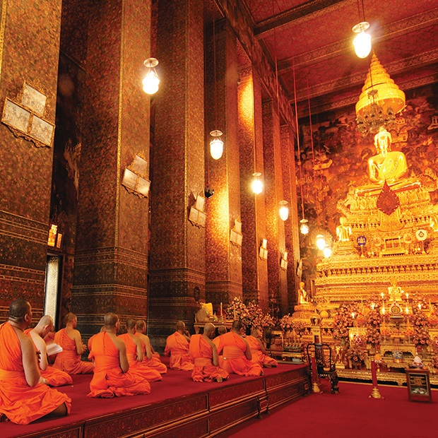 bangkok-wat-monks