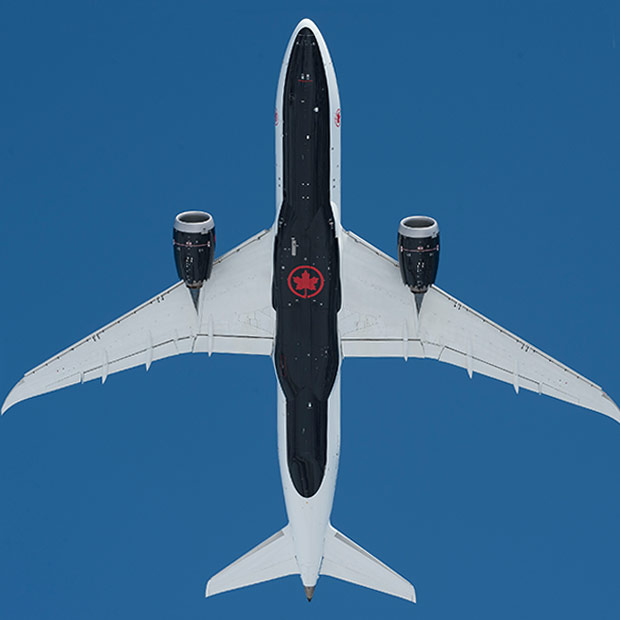 underbelly of the new air canada dreamliner