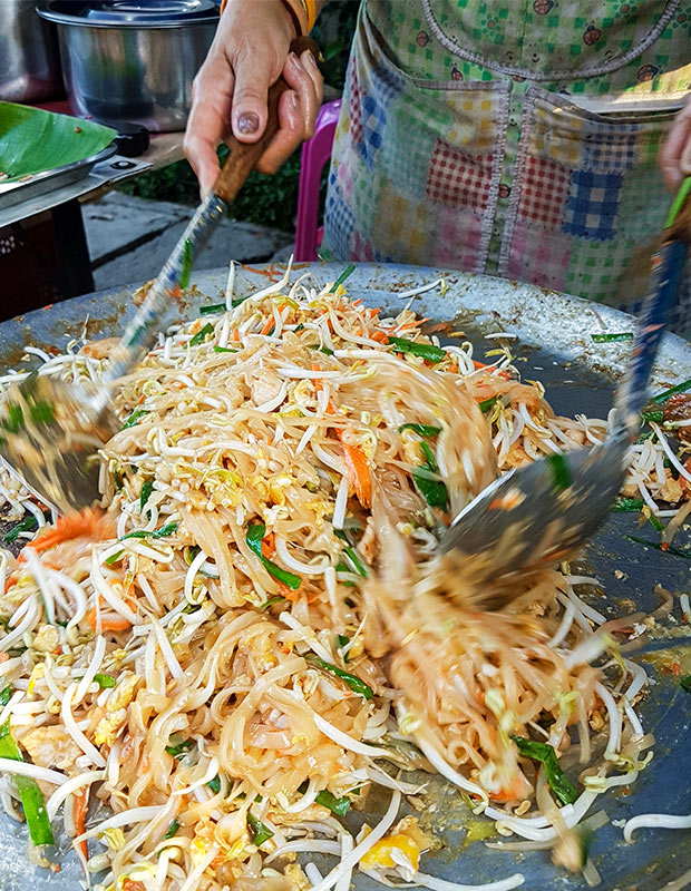 pad-thai-thailand-street-food