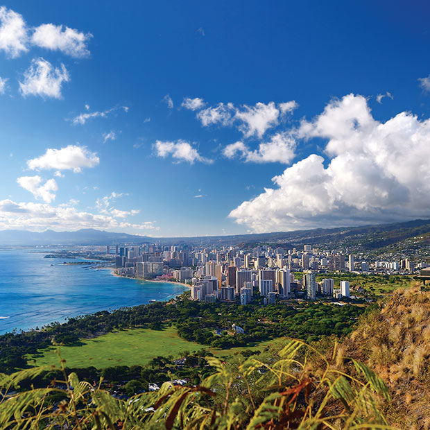 Oahu climb Diamond Head