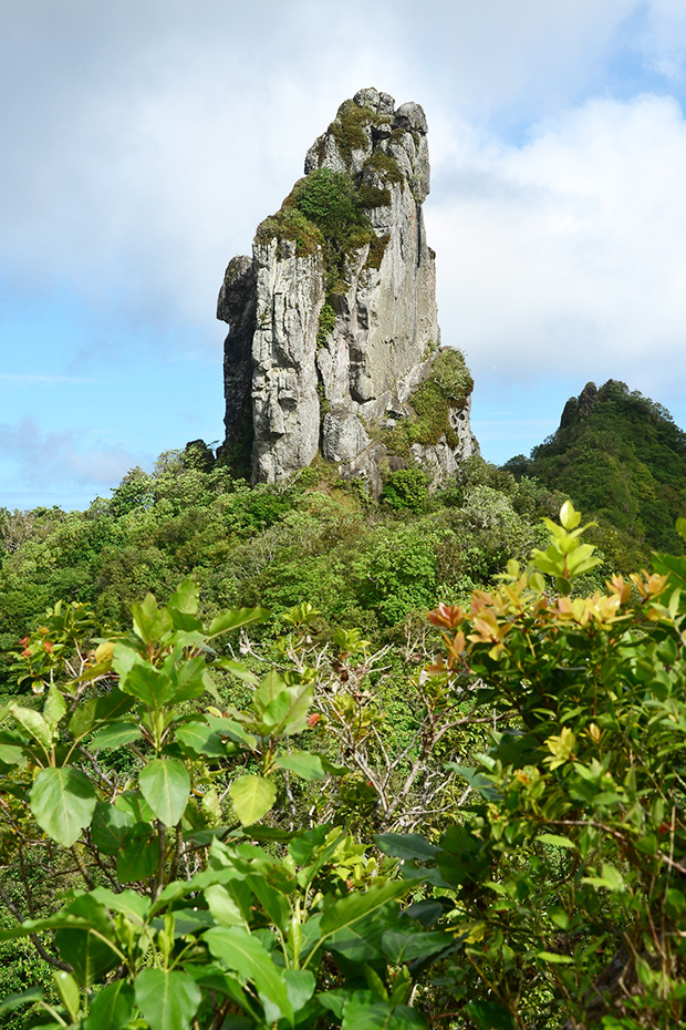 te rua manga rock or the needle in cook islands