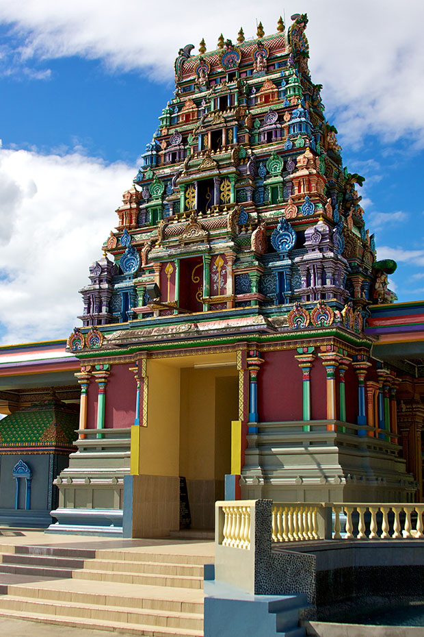 colourful exterior view of sri siva subramaniya swami temple in fiji