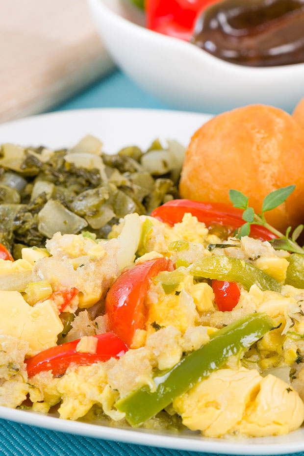 traditional Jamaican food ackee and saltfish