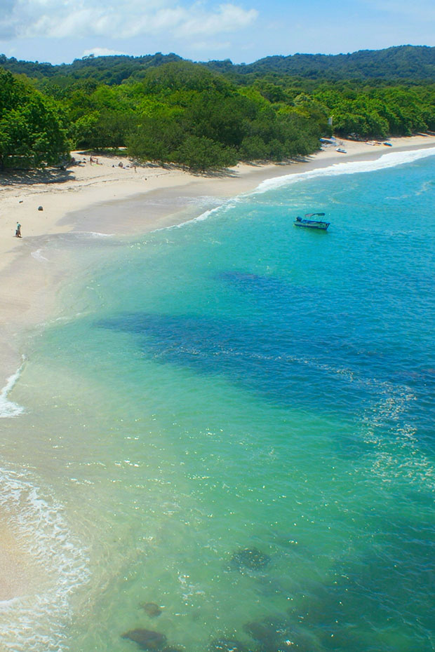 costa-rica-beaches-turquoise-water-playa-conchal