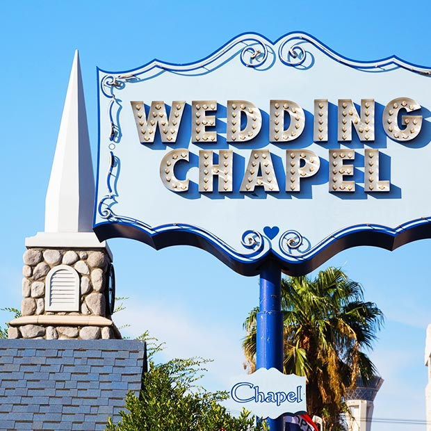 wedding chapel sign in las vegas