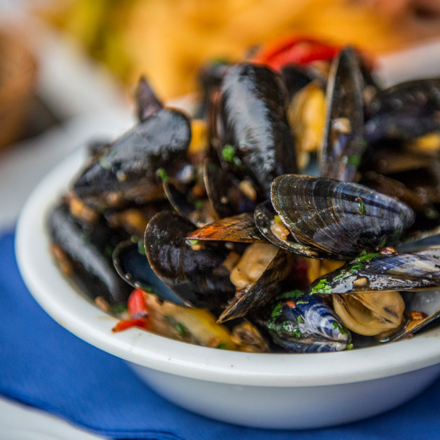 Bowl of moules-frites